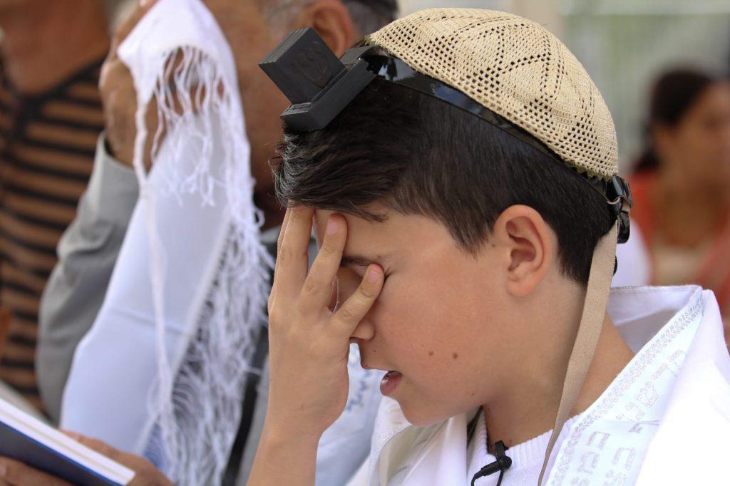 תפילין לילד בר מצווה